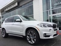 Mineral White Metallic 2018 BMW X5 sDrive35i RWD
