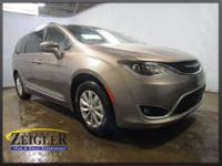 2018 Chrysler Pacifica Touring L Molten Silver FWD