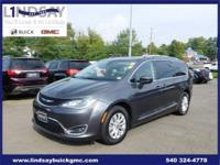 Options:  2018 Chrysler Pacifica Touring L|Gray|Carfax