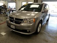 This 2018 Dodge Grand Caravan SXT in Billet Clearcoat