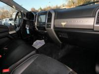 This 2018 Ford Super Duty F-350 SRW LARIAT is offered