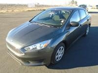 FUEL EFFICIENT 34 MPG Hwy/25 MPG City! CARFAX 1-Owner,