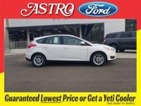 Oxford White 2018 Ford Focus SE FWD 6-Speed Automatic