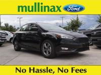 38/26 Highway/City MPG Shadow Black 2018 Ford Focus SE