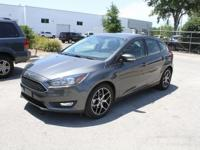 Clean CARFAX. Magnetic Metallic 2018 Ford Focus SEL FWD