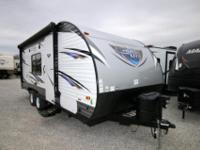 SAVE OVER $10,000.00 ON THIS 2018 CRUISE LITE 20' -
