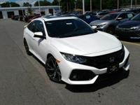 Boasts 38 Highway MPG and 28 City MPG! This Honda Civic