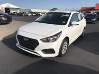 Frost White 2018 Hyundai Accent SE FWD 6-Speed
