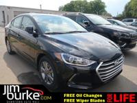 New Arrival! *Sunroof/Moonroof* *Bluetooth* -Great Gas
