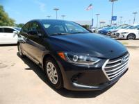 Black 2018 Hyundai Elantra SE FWD 6-Speed 2.0L