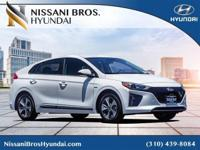 Ceramic White 2018 Hyundai Ioniq EV Electric FWD
