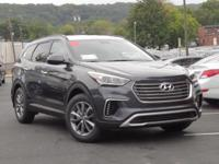 2018 Hyundai Santa Fe SE AWD, Cloth.  Options:  3.041