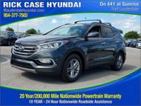2018 Hyundai Santa Fe Sport 2.4 Base  in Platinum