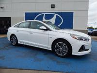 We are excited to offer this 2018 Hyundai Sonata