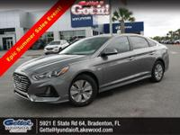 Delivers 46 Highway MPG and 40 City MPG! This Hyundai
