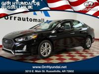 Navigation, Heated/Cooled Leather Seats, Moonroof,