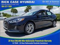 2018 Hyundai Sonata Limited  in Phantom Black and 20