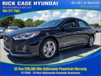 2018 Hyundai Sonata Limited  in Phantom Black and 20