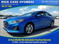 2018 Hyundai Sonata Limited  in Electric Blue and 20