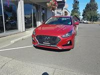 2018 Sonata SE in beautiful Scarlet Red. This excellent