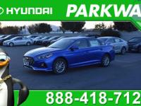 2018 Hyundai Sonata SE SE MODEL, COME SEE WHY PEOPLE