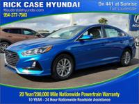 2018 Hyundai Sonata SE  in Electric Blue and 20 year or