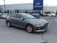 2018 Hyundai Sonata SE Black Cloth. 36/25 Highway/City