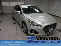 Moonroof, Heated Leather Seats, Keyless Start, Aluminum