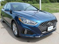 Delivers 35 Highway MPG and 25 City MPG! This Hyundai