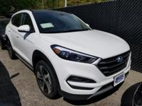 White 2018 Hyundai Tucson Limited AWD 7-Speed Automatic