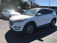 White 2018 Hyundai Tucson SEL Plus AWD 6-Speed