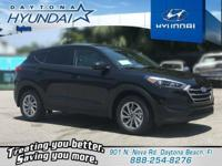 Black 2018 Hyundai Tucson SE FWD 6-Speed Automatic with