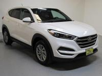 White 2018 Hyundai Tucson SE FWD 6-Speed Automatic with