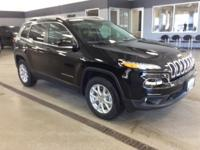 2018 Jeep Cherokee Diamond Black Latitude 4WD 9-Speed