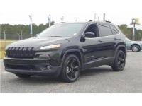 21/30 City/Highway MPG Diamond Black 2018 Jeep Cherokee