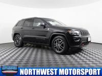 Clean Carfax One Owner 4x4 SUV with Navigation!