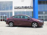 FUEL EFFICIENT 37 MPG Hwy/29 MPG City! CARFAX 1-Owner,