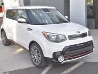 White 2018 Kia Soul Exclaim FWD 7-Speed Automatic I4