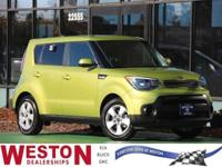CARFAX One-Owner. 2018 Kia Soul Green 24/30