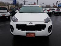 KIA CERTIFIED !! ALL WHEEL DRIVE !! LOW MILES !!