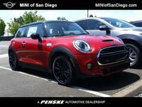 This 2018 MINI Cooper S Hardtop 2 Door 2dr features a