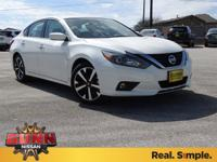 2018 Nissan Altima 2.5 SR CVT with Xtronic. 37/26