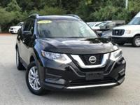 2018 Nissan Rogue SV Black 32/25 Highway/City MPG Clean