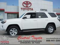 4WD, Black Gr. Super White 2018 Toyota 4Runner SR5