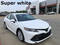 2018 Toyota Camry in Super White exterior and