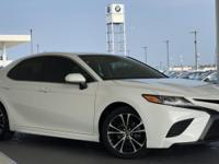 Beautiful 2018 Toyota Camry SE with Navigation... An