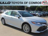 0089/ 2018 Toyota Camry XLE 39/28 Highway/City MPG  Let