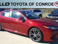 Red 2018 Toyota Camry SE 39/28 Highway/City MPG  Let