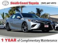 Clean CARFAX. Silver 2018 Toyota Camry SE FWD 8-Speed