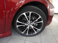 Certified. Ruby Flare Pearl 2018 Toyota Camry SE FWD